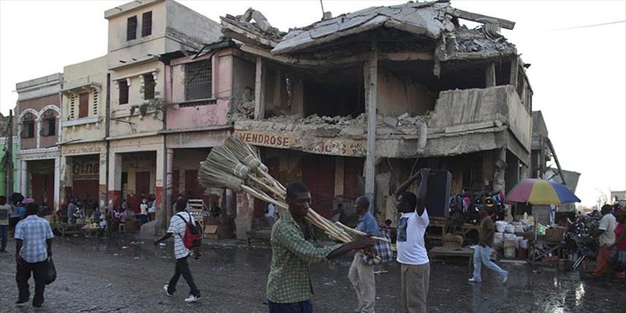 ABD'de Haitililere Verilen Geçici İkamet İzni Sona Eriyor!