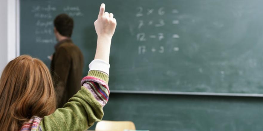 Öğretmenlerin Ek Göstergesi 3600'e Çıkarılacak