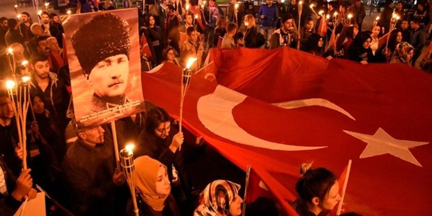Atatürkçülük Hamlesinin Laik Tabanı Etkileme İhtimali Var mı?