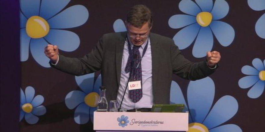 İsveçli Siyasetçi Müslümanlara Hakaret Etti