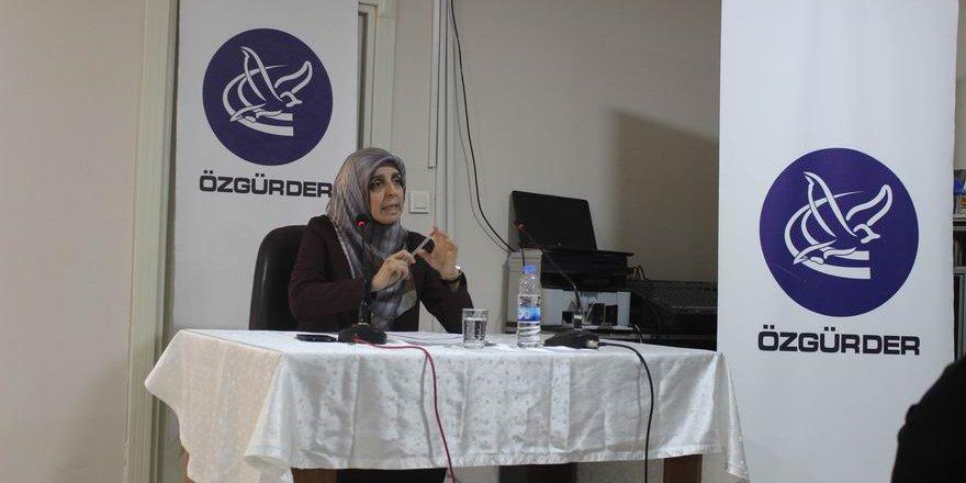 """""""İslami Mücadelede Tebliğ ve Kadın Unsuru"""""""
