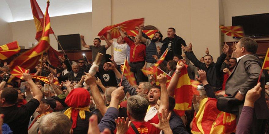 """Makedonya'da Muhalefete """"Dokunulmazlık Kaldırılması"""" Kararı"""