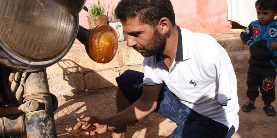 İdlib'de Tek Koluyla Motor Tamir Edip Geçimini Sağlıyor!