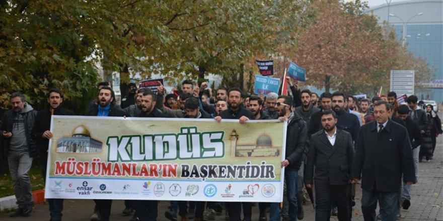 """Bingöl Üniversitesi'nde """"Özgür Kudüs Eylemi"""" Yapıldı"""