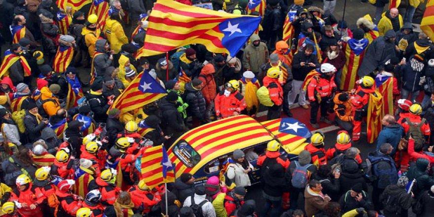 Katalanlar Brüksel'de Gösteri Yaptı