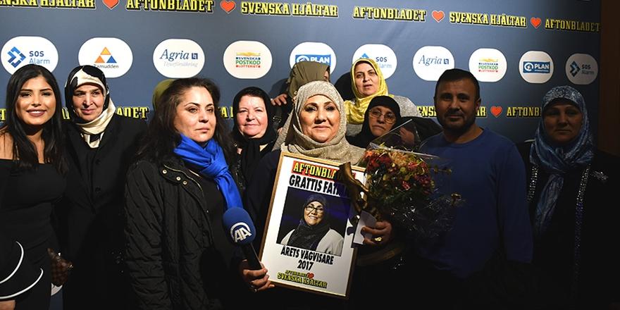 """İsveç'te """"Yılın Kahramanı"""" Türkiyeli Bir Kadın"""