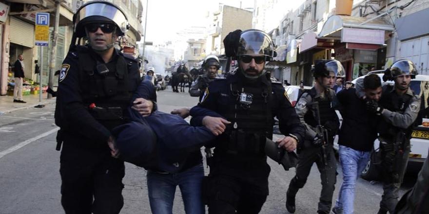 İşgalciler 50'ye Yakın Kudüslüyü Gözaltına Aldı!