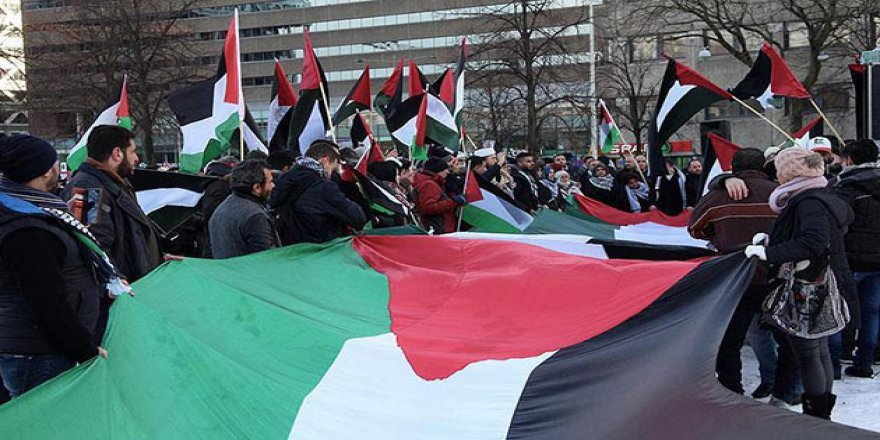 ABD'nin Kudüs Kararı Hollanda'da Protesto Edildi