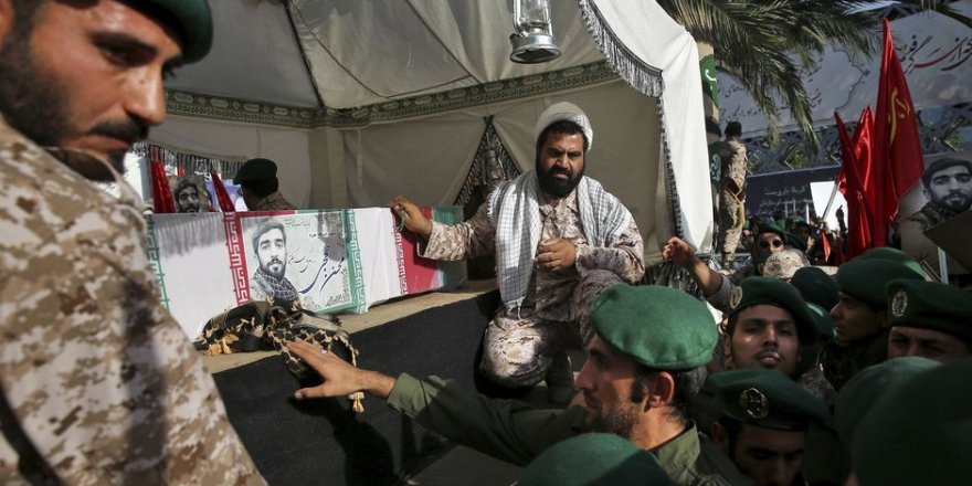 İran, 3 Askerini Daha Esed'e Kurban Etti