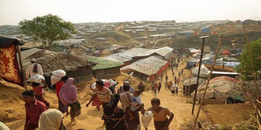 Myanmar'da Reuters'ın Muhabirleri Gözaltına Alındı