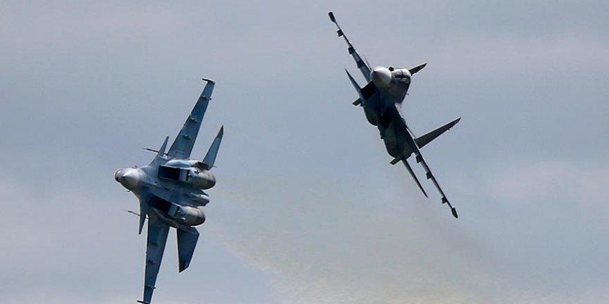 ABD'den Rus Savaş Uçağına Suriye'de Önleme