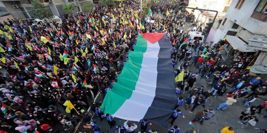ABD'nin Kudüs Provokasyonu Lübnan'da Protesto Edildi