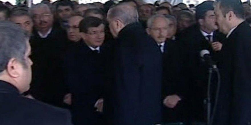 Cenazede Soğuk Rüzgarlar: Erdoğan ve Kılıçdaroğlu El Sıkışmadı