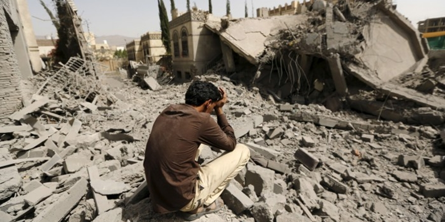 """""""Yemen'de Sivil Katliamı Sürüyor"""""""