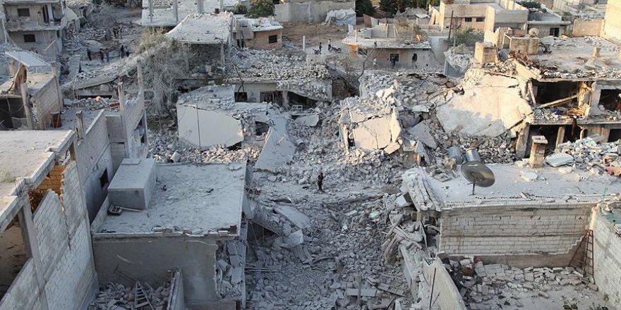 Esed Rejimi İdlib'e Bir Günde 70 Hava Saldırısı Düzenledi