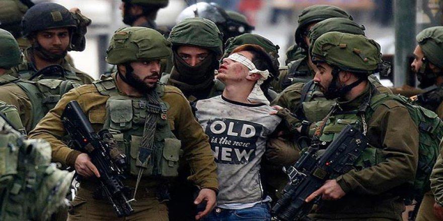 İşgalci İsrail Askerleri Cuneydi'nin Omzunu Kırmış