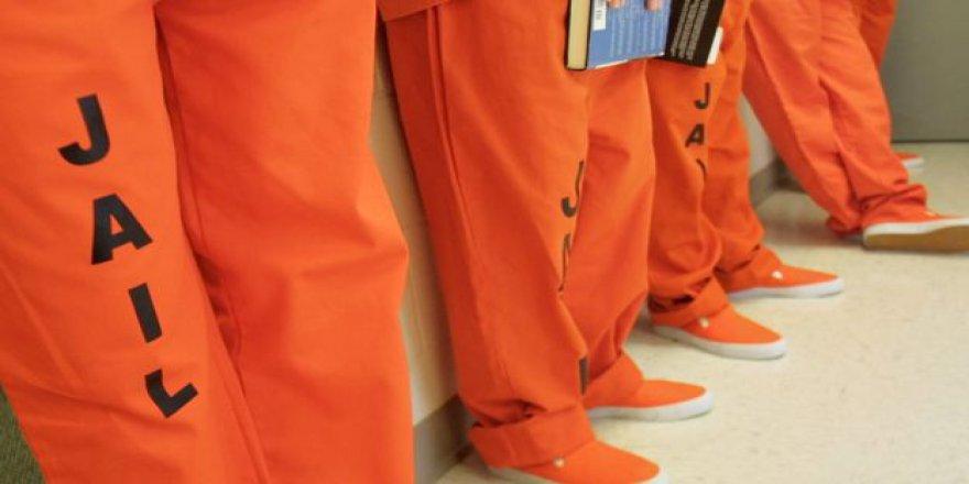 ByLock'ta Masumların Tahliyesi Gerçekleşmeseydi Şimdilerde Bu Tek Tip Kıyafeti Giyeceklerdi