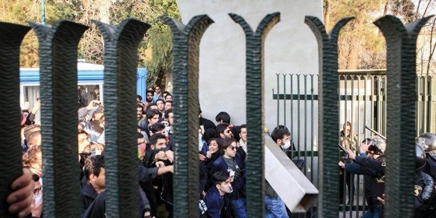 İran Bugünlere Nasıl Geldi?