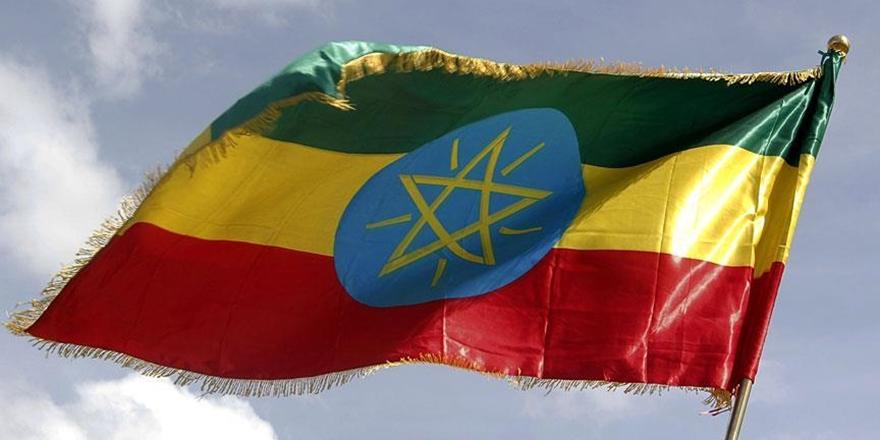Etiyopya'da sel binlerce kişiyi yerinden etti