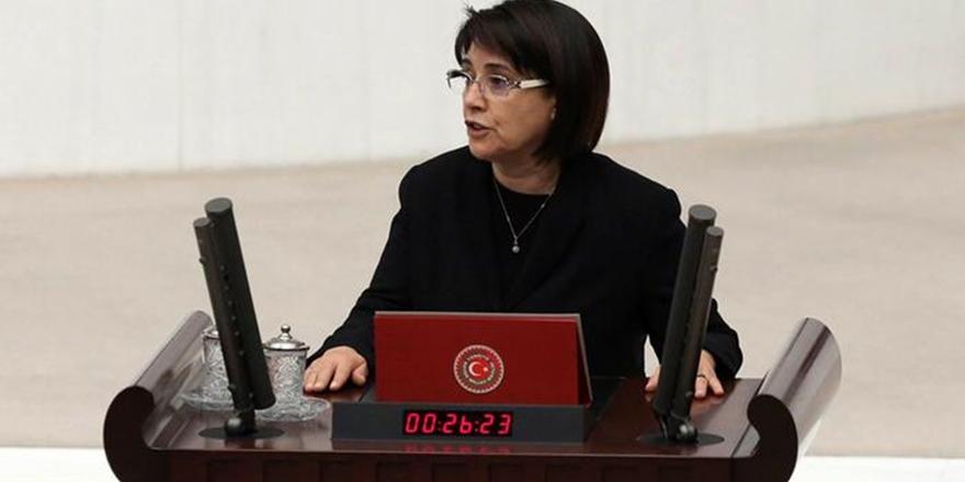 Leyla Zana'nın Milletvekilliği Düşürülüyor!
