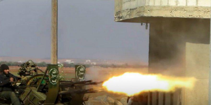 Muhalifler İdlib'de Rejim ve Destekçilerine Karşı Taarruza Geçti
