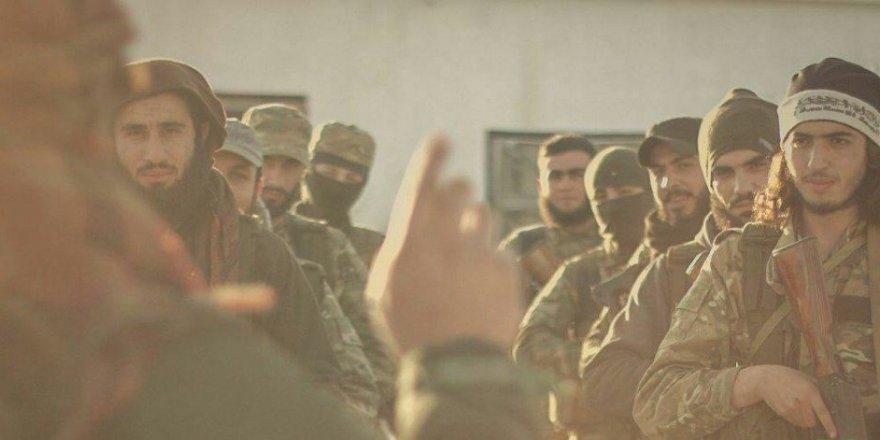 Esed ve Destekçilerine Karşı Harekete Geçen Direnişçiler Hama'da İlerliyor