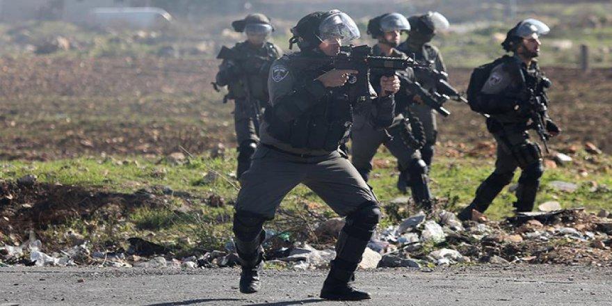 İşgal Güçleri Aynı Aileden 5 Kişiyi Tutukladı