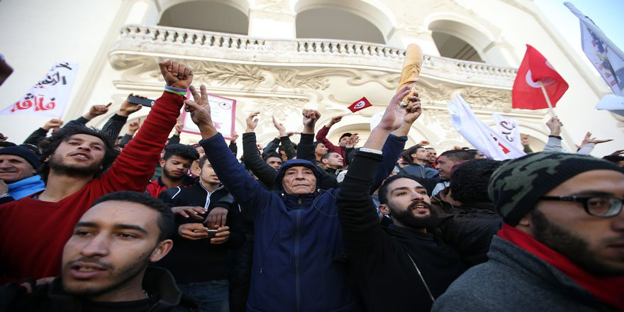 Tunus'ta Yeni Reformlara Gidildi