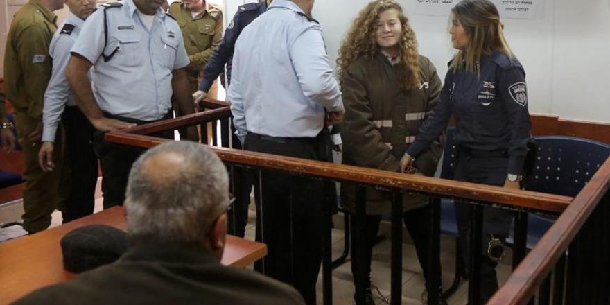 İşgalciler Ahed et-Temimi'nin Tutukluluk Süresini Yine Uzattı!