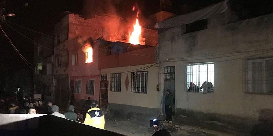 Kilis'te Dört Noktaya Roket Düştü!
