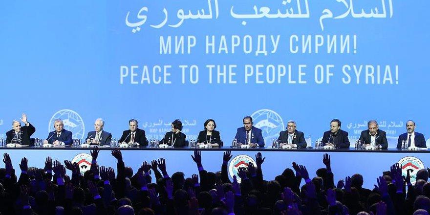 Muhaliflerin Katılmadığı Toplantıda 'Anayasa Komitesi' Kararı Aldılar