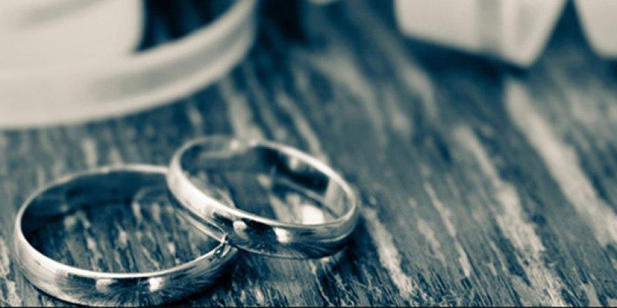 Feyzanur Öztürk ile İbrahim Kurtuluş evlendiler