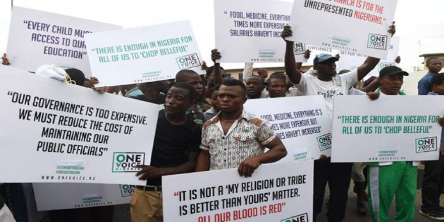 Nijer'de Emperyalist ABD ve Fransa Protestosu