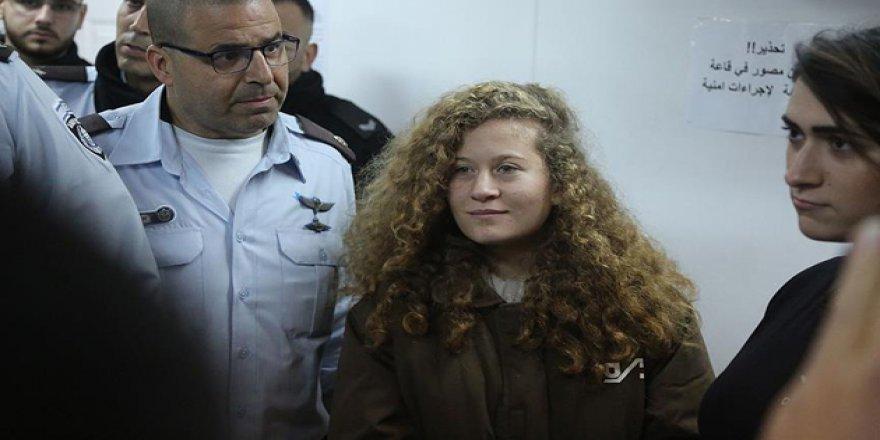 Filistinli Ahed'in Avukatları 8 Ay Hapis Cezasını Kabul Etti