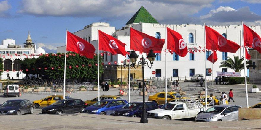 Tunus'tan Avrupa Parlamentosunun 'Teröre Destek Kararına' Tepki