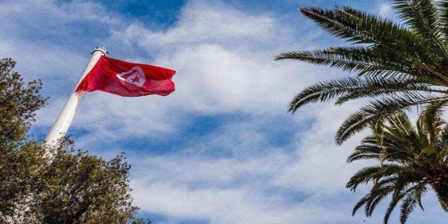 Tunus'ta Olağanüstü Hal Bir Ay Daha Uzatıldı