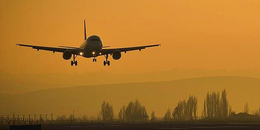 Rusya'da 71 Kişiyi Taşıyan Yolcu Uçağı Düştü!