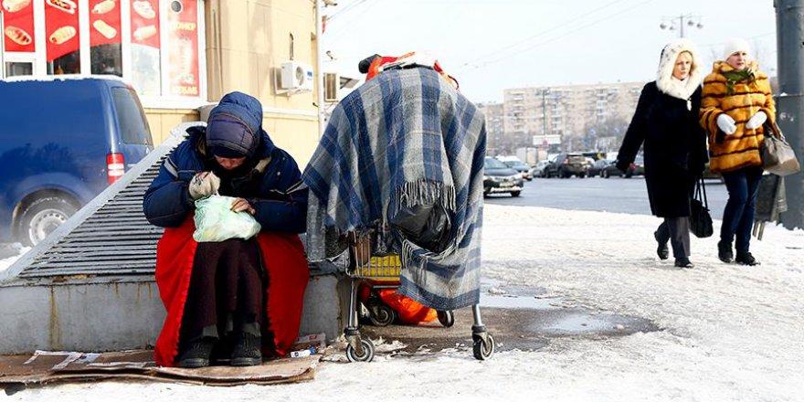Moskova'da 100 Bin Kişi Sokaklarda Yaşıyor