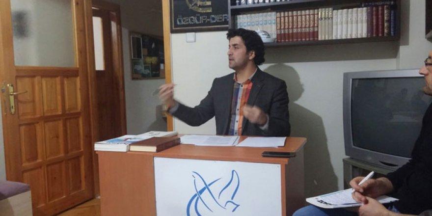 """""""İslami Değerleri Reel-Politiğe Kurban Etmek"""""""