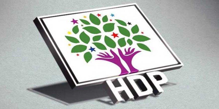 HDP Selahattin Demirtaş'ı Cumhurbaşkanı Adayı Gösterdi