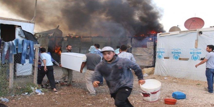 Lübnan'daki Suriyeli Mülteci Kampında Yangın