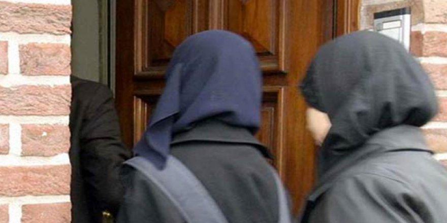 Almanya'nın Kuzey Ren-Vestfalya Eyaletinden Başörtüsü Yasağında Geri Adım