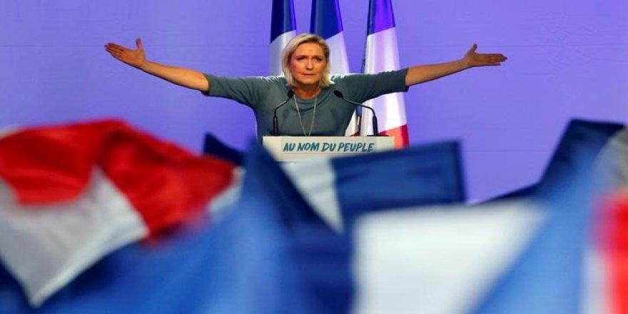Irkçı Le Pen Hakkında Soruşturma Açıldı