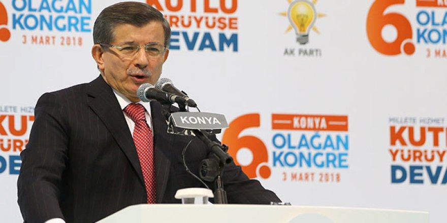 Ahmet Davutoğlu: Trol Ahlakı FETÖ Çetesinin Bize Bulaştırdığı Bir Hastalık