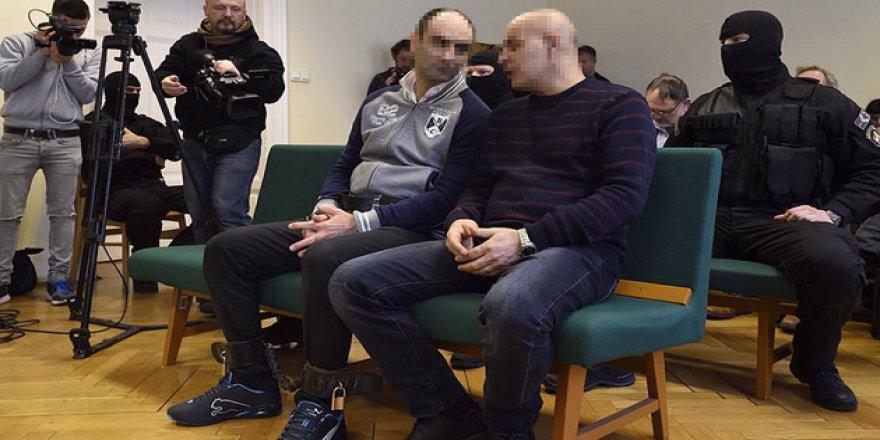 Macar Polisine Taş Attığı İddia Edilen Suriyeliye Hapis Cezası