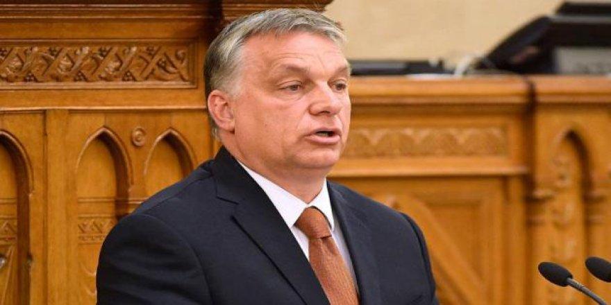 Macaristan AB'nin 14 Ülkeye Seyahat Kısıtlamalarının Kaldırılması Çağrısını Reddetti