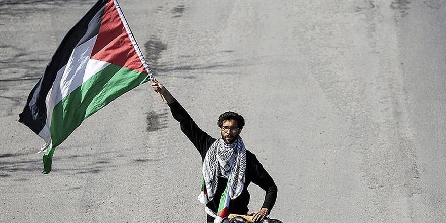 Filistin İçin İsveç'ten Yola Çıkan Ladraa İstanbul'da
