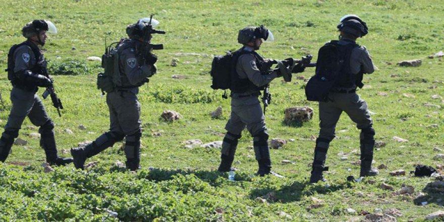 İşgal Güçlerinden Filistinli Çocuğa Hastanede Gözaltı