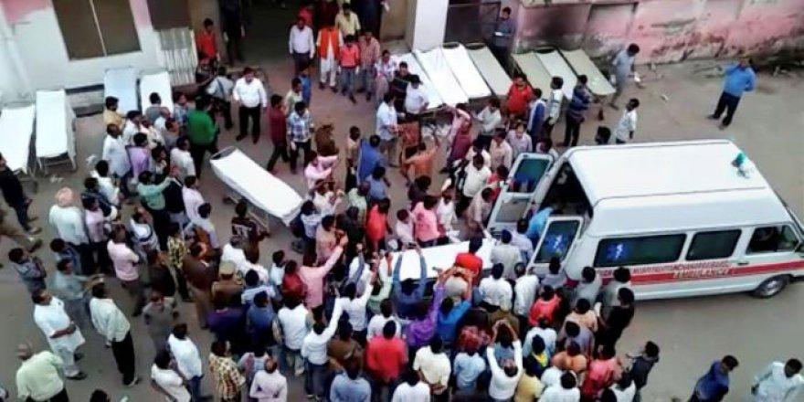 Hindistan'da Müslümanı Linç Eden 11 Kişiye Müebbet Hapis
