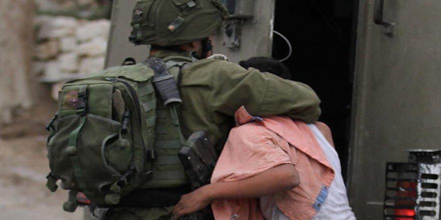 Son Bir Yılda 562 Filistinli Çocuk Gözaltına Alındı